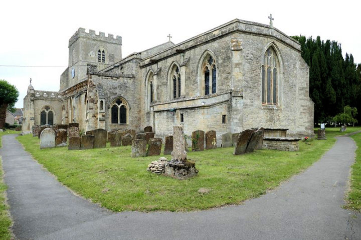 The churches of britain and ireland oxfordshire appleford on thames st peter and st paul another view su 53047 93704 both carole sage 2013 grade ii listed appleton st laurence sp 444 015 sciox Image collections